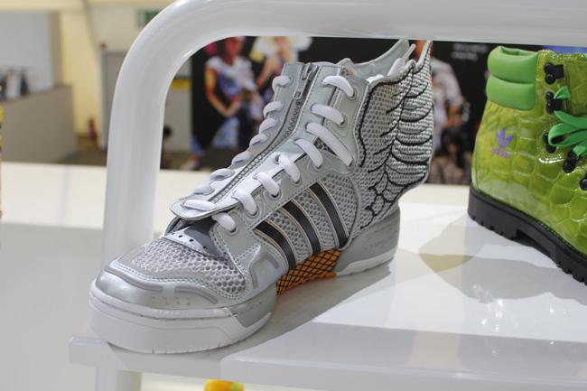 buy popular 8a35d b2924 Jeremy Scott x adidas Originals – Fall   Winter 2012   frezbo